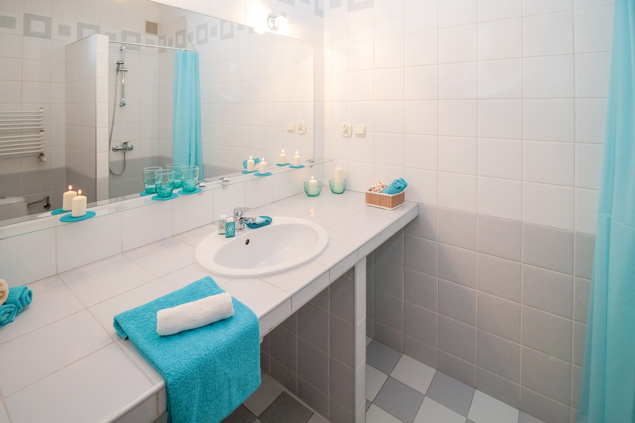 Jak urządzić łazienkę? Kafelkowanie łazienki koszt Bielsko Biała