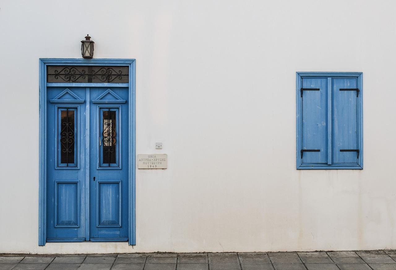 Drzwi – nie tylko ozdoba. Drzwi zewnętrzne antywłamaniowe Warszawa